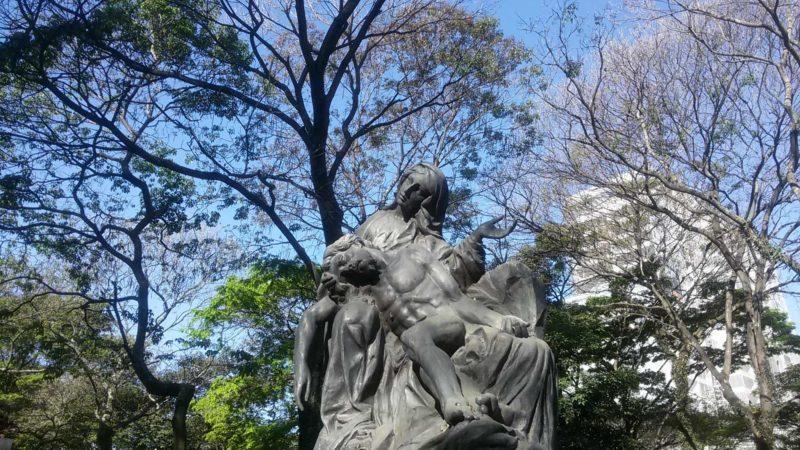 Réplica da La Pietá no Cemitério da Consolação. Foto: Patrícia Ribeiro/ Passeios Baratos em SP