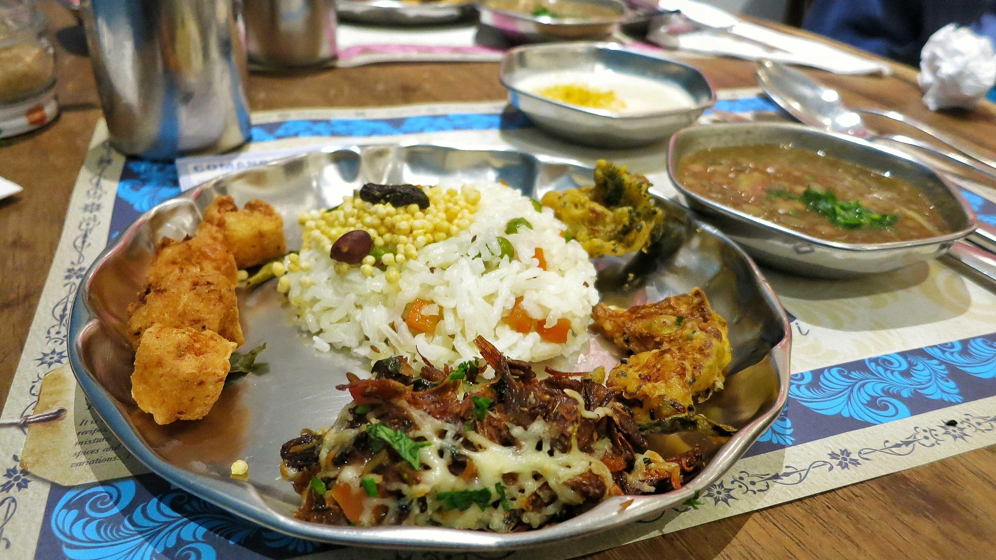 Quem não come muito pode optar pela meia porção: $ 26,50 durante a semana e 31 no sábado Foto: Lígia Bonfati