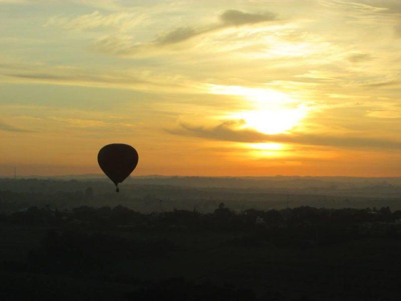 Tudo começa bem cedo, é possível ver o nascer do sol Foto: Sueli dos Santos