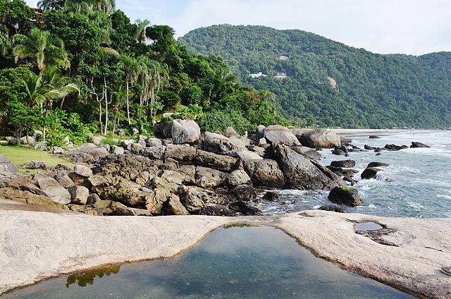 Explore as praias semidesertas de Iporanga, Praia das Conchas e São Pedro