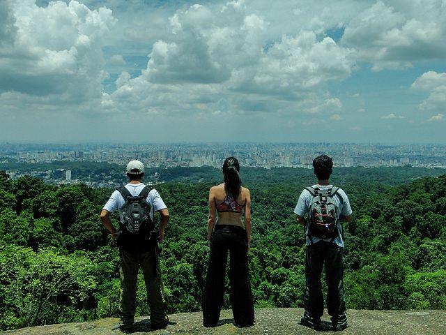 Pedra Grande - Parque da Cantareira Wikimedia - Rafael Rodrigues Camargo