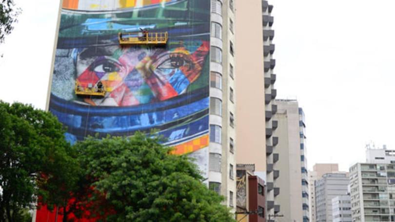 Conheça os incríveis murais de Eduardo Kobra em São Paulo